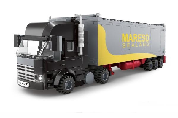 Zugmachine mit Übersee-Container