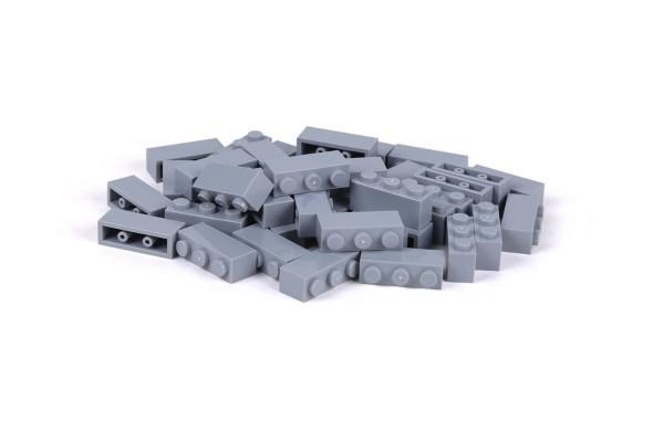 40 Stück Klemmbausteine 1 x 3 brick Farbe light bluish gray